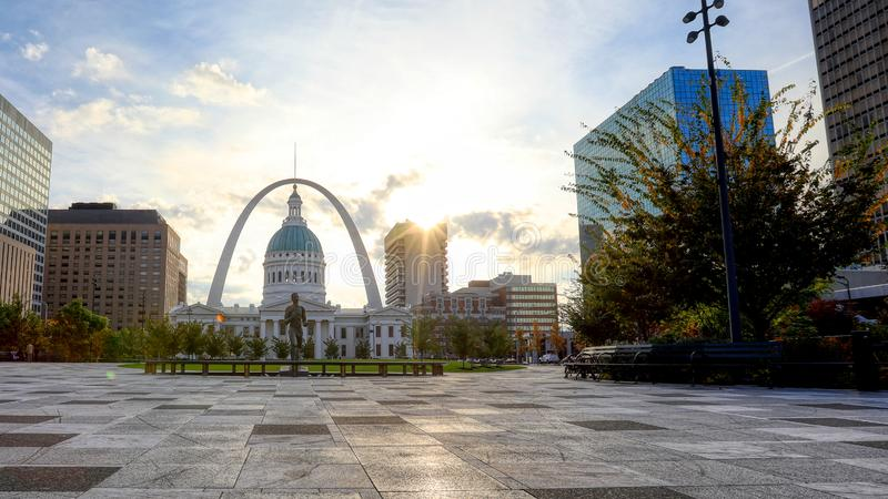 Kiener Plaza and the Gateway Arch in St. Louis, Missouri. October 30, 2018 - St. Louis, Missouri - Kiener Plaza and the Gateway Arch in St. Louis, Missouri royalty free stock image