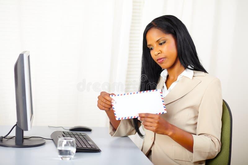 kierownictwa listowa otwarcia kobieta obrazy royalty free