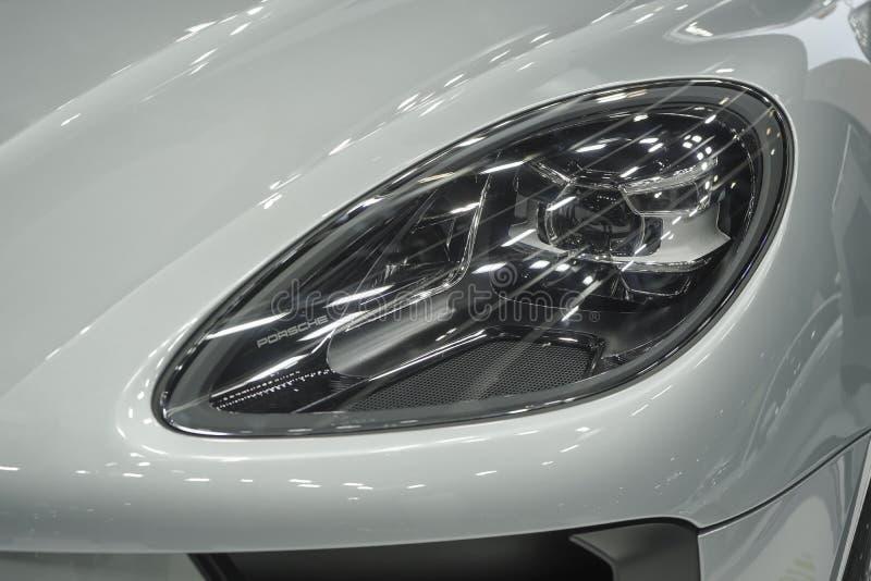 Kierowniczego lekkiego NOWEGO Porsche 911 Carrera S Panamera 4 hybrydu Wykonawczy Supercar na pokazie w 40th Bangkok Międzynarodo fotografia stock