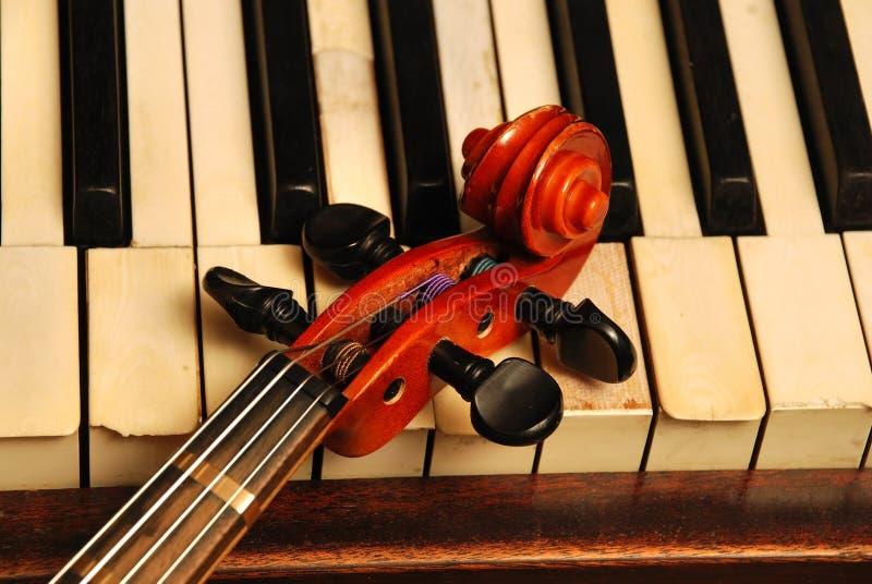 kierowniczej starej część fortepianowy rocznika skrzypce zdjęcie stock