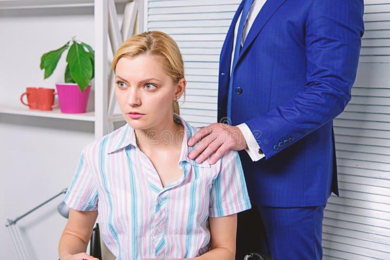 Kierownika konflikt Molestowanie seksualne przy prac? i miejscem pracy Si?y roboczej molestowanie seksualne obrazy stock