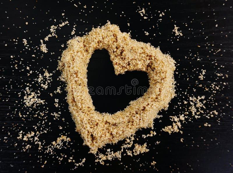 Kierowy kształt robić z plażowego piaska zdjęcie stock