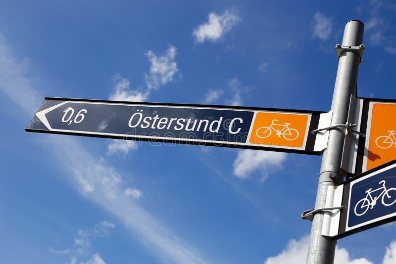 Kierunkowskaz dla rowerzystów zdjęcia royalty free