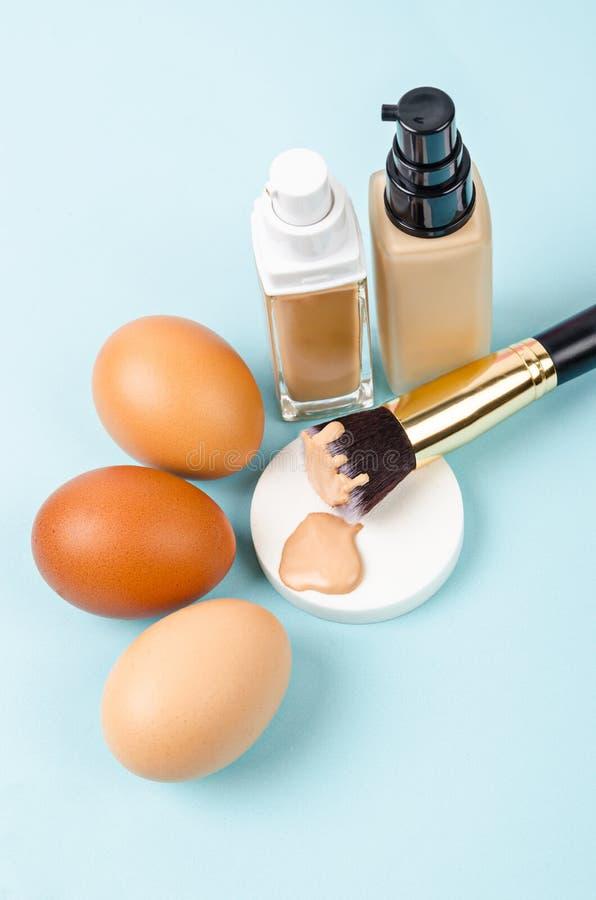 Kies de stichtingsmake-up van de toonkleur voor huidconcept royalty-vrije stock afbeelding