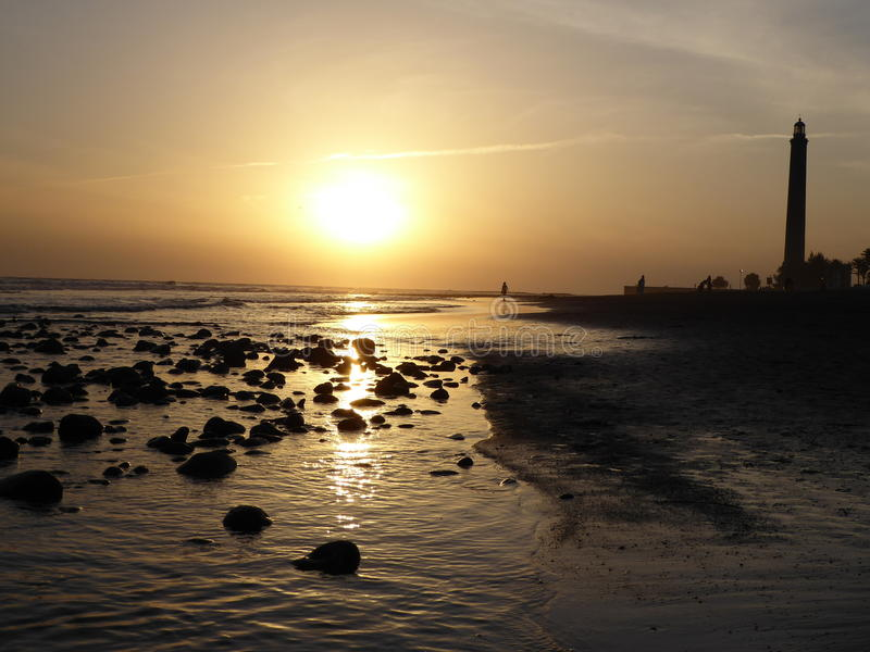 Kiesel-Sonnenuntergang stockfoto