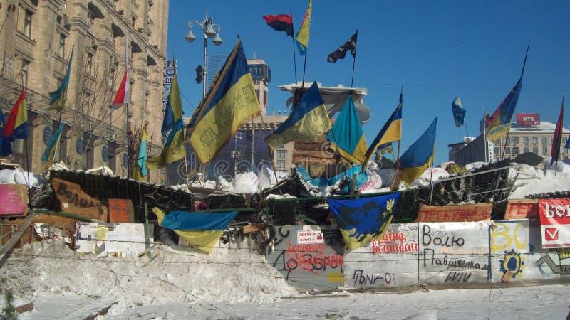 Kiev. Barricadas Snow.2014 imagem de stock