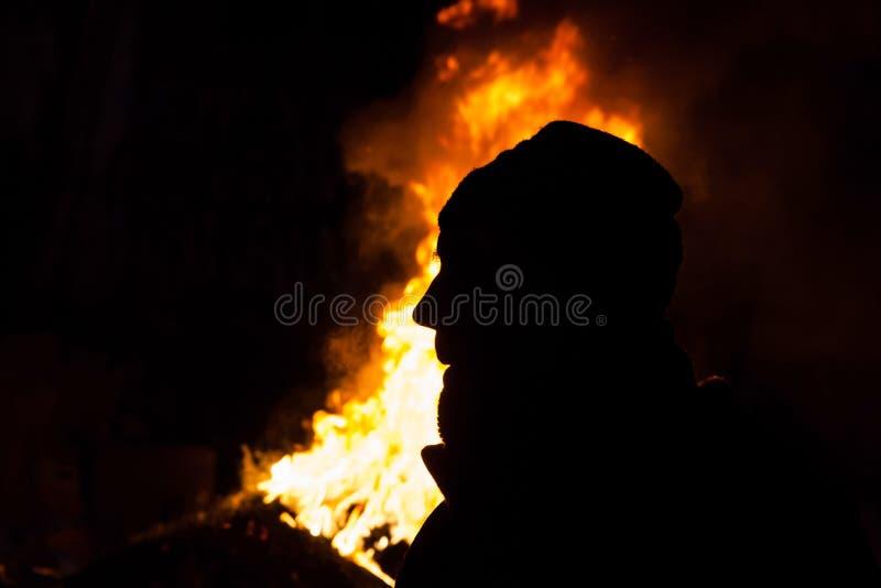 KIEV, de OEKRAÏNE - Januari 26, 2014: De Euromaidanprotesteerders rusten en royalty-vrije stock fotografie