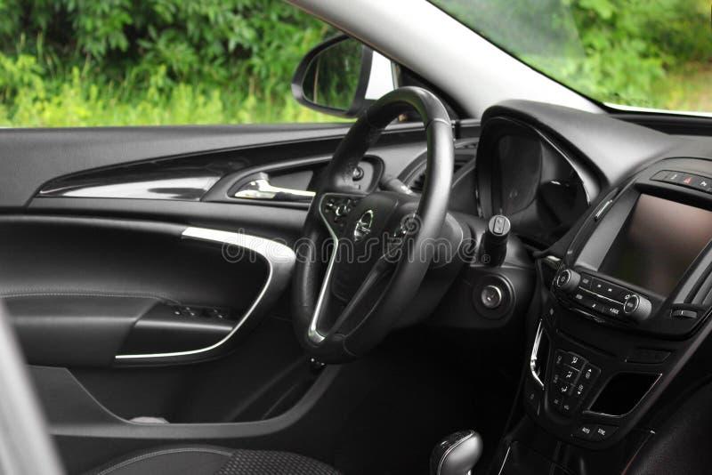 Kiev, de Oekraïne - Juni 19, 2018: Auto binnenlands Opel Insignia royalty-vrije stock afbeeldingen