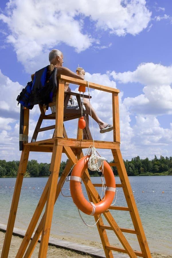 Kiev, de Oekraïne 2015, 1 Mei: Veiligheid op het water - badmeester Stati royalty-vrije stock afbeelding