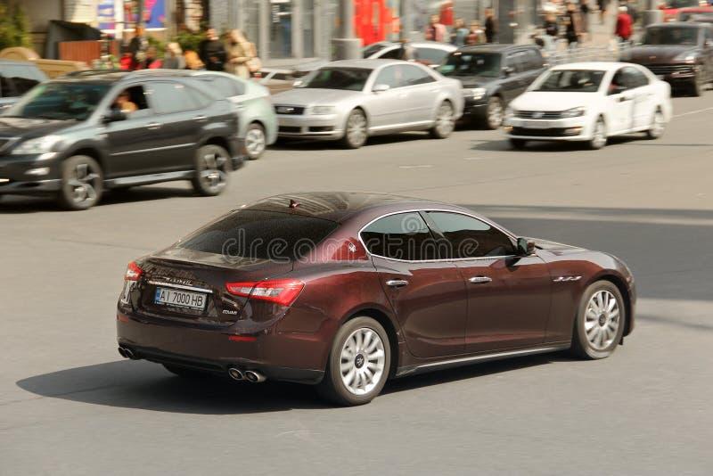 Kiev, de Oekra?ne - Mei 3, 2019: Maserati in de stad bij hoge snelheid royalty-vrije stock afbeeldingen