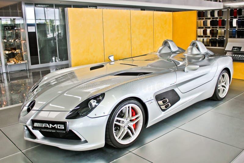 Kiev, 2 Oktober, 2013 Het Mos van Mercedes-Benz SLR McLaren Stirling AMG royalty-vrije stock afbeeldingen