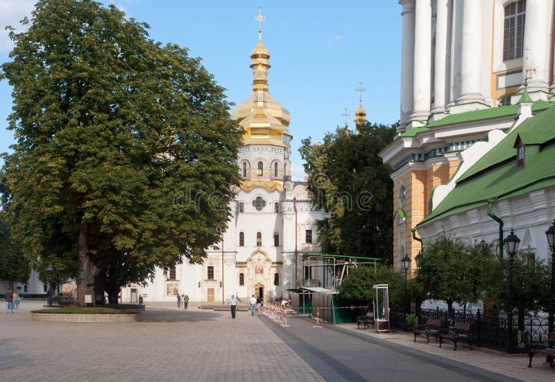 Kiev Pechersk Lavra, catedral do Dormition imagens de stock royalty free