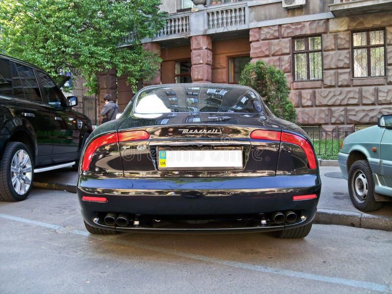 Kiev, Ucrânia; 10 de abril de 2014 Maserati 3200 GT Vista traseira imagens de stock
