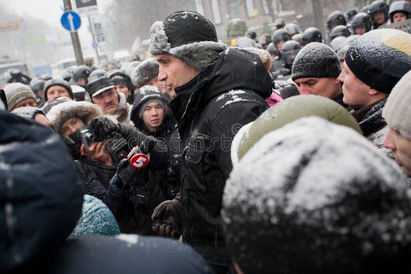 KIEV, UCRÂNIA: Politi ucraniano popular da oposição fotos de stock