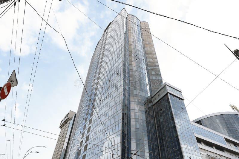 KIEV, UCRAINA - 21 MAGGIO 2019: Bella vista del centro commerciale moderno GULLIVER, in basso fotografie stock