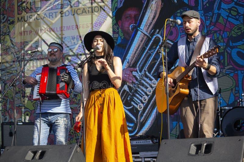Kiev, Ucraina - 19 maggio 2019: Esecutori sulla fase del festival di musica di Kleizmer fotografie stock