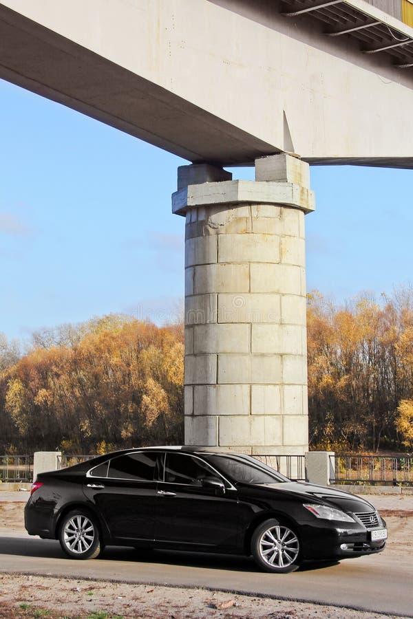 Kiev, Ucraina - 5 novembre 2018: automobile nera Lexus es 350 immagini stock libere da diritti