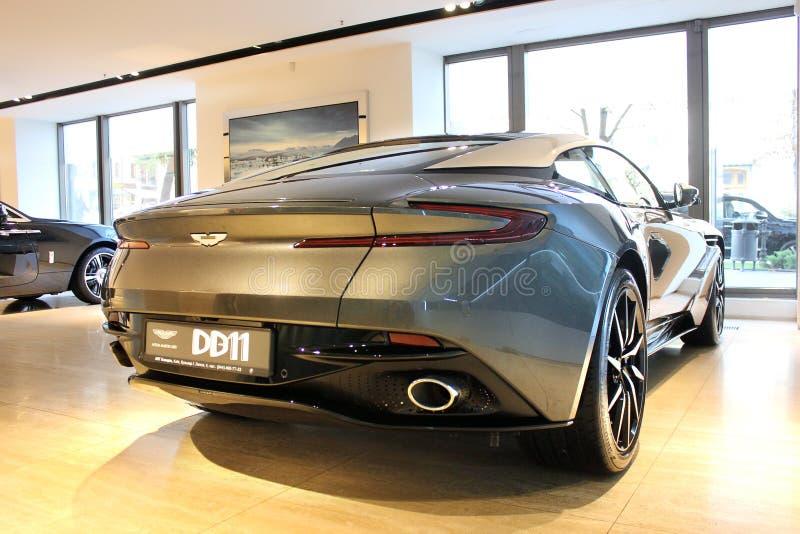 Kiev, Ucrania 28 de agosto de 2017 Aston Martin DB11 Nuevo coche fotos de archivo libres de regalías
