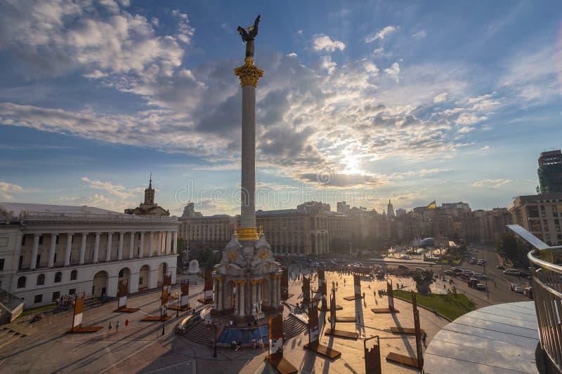 Kiev, Ucrania - 13 de julio de 2018: Vista panorámica del cuadrado de la independencia foto de archivo libre de regalías