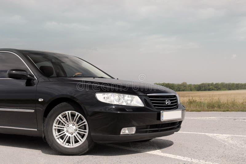Kiev Ukraina - Augusti 6, 2018: Hyundai prakt p? v?gen royaltyfri bild