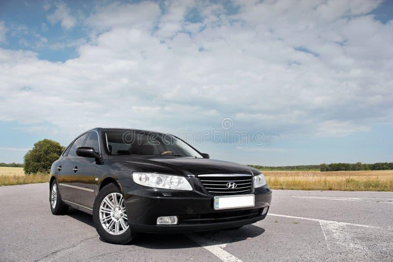 Kiev Ukraina - Augusti 6, 2018: Hyundai prakt p? v?gen royaltyfria bilder