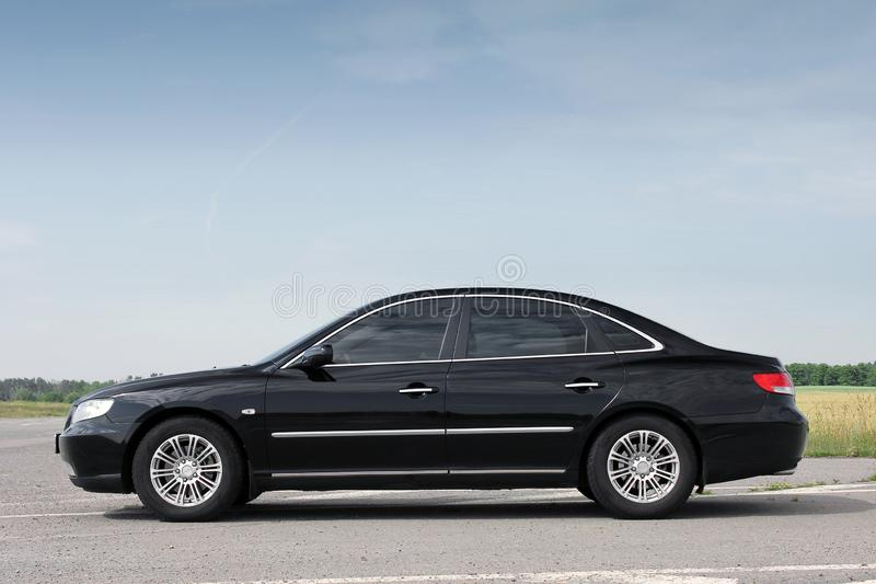 Kiev Ukraina - Augusti 6, 2018: Hyundai prakt p? v?gen royaltyfri foto
