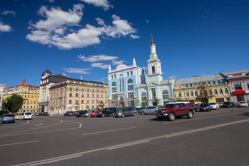 Kiev, Ukraine - 21 juin 2017 : Vue de la place de Kontraktova photos stock