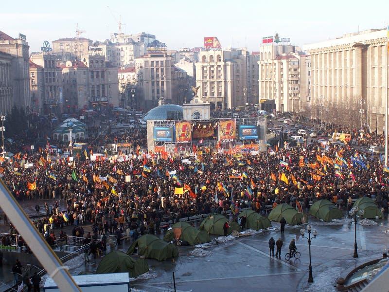 Kiev, Ukraine - 03 12 2004 La révolution orange à Kiev photo libre de droits