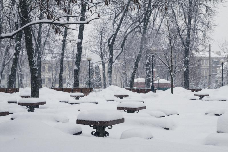 Kiev, Ukraine, le 3 mars 2018 La ville a été couverte de neige image libre de droits