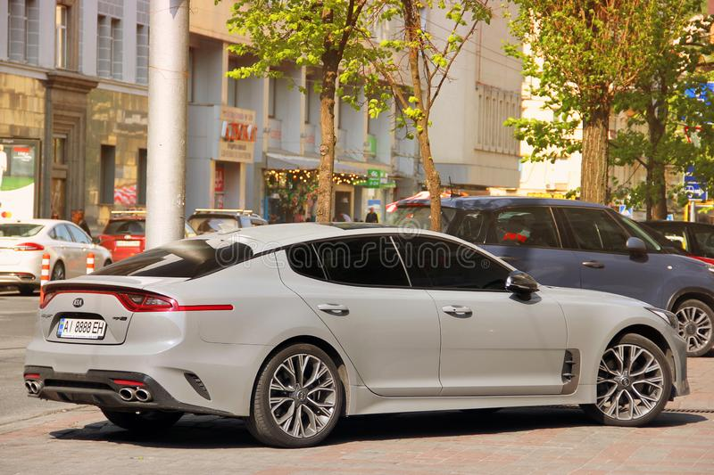 Kiev, Ukraine - 3 mai 2019 : KIA Stinger dans la ville photo stock