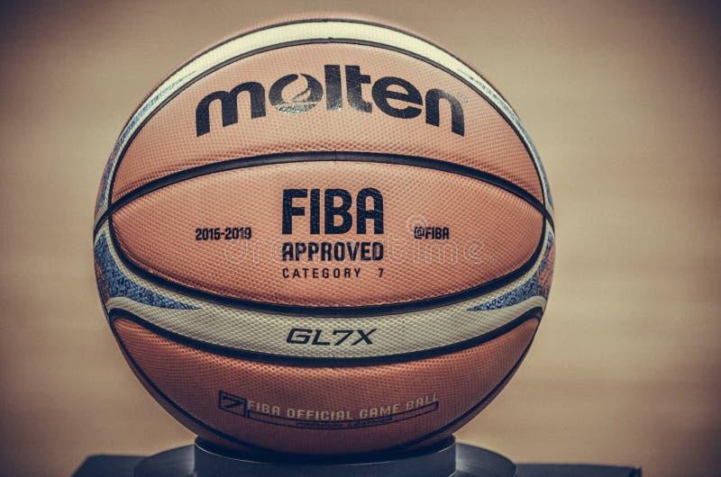 KIEV, UKRAINE - 14 septembre 2018 : Special Editio du fonctionnaire FIBA photo stock