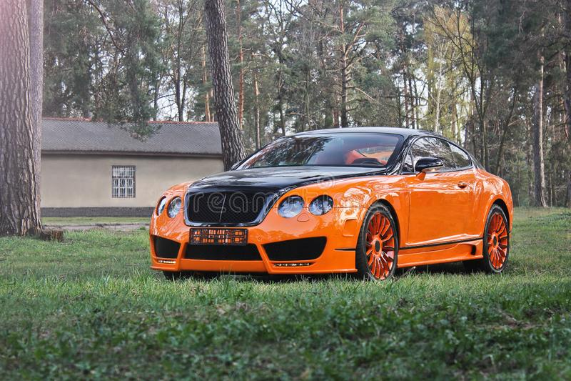 Kiew, Ukraine; Am 10. April 2015 Bentley kontinentales GT lizenzfreies stockfoto