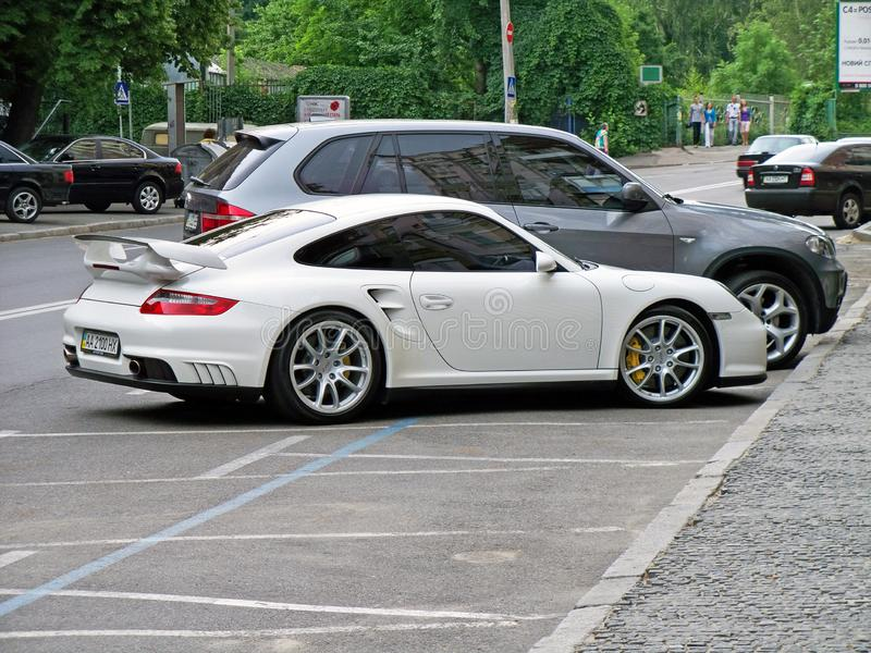 Kiew - Ukraine 12 Juni 2011 Porsche 911 GT2 stockfotos