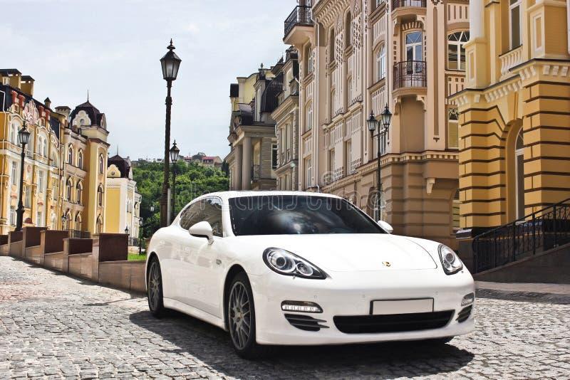 Kiew, Ukraine, am 25. Juni 2015; Porsche Panamera 4S stockfotografie