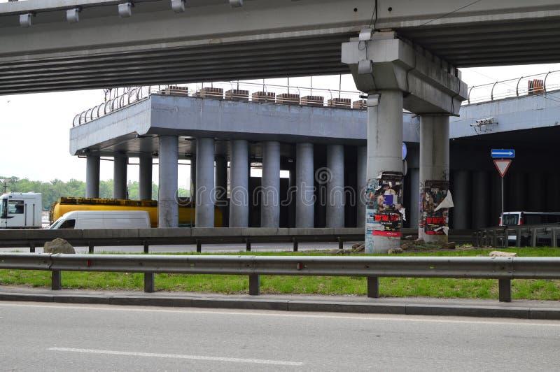Kiew, Ukraine Ukraine 7 05 2019; Transport in Kiew- und Stadtleben lizenzfreie stockbilder