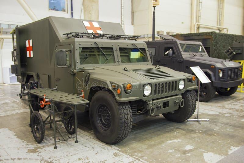 Kijów Ukraina, Październik, - 12, 2016: Wojsko medyczny pojazd obraz royalty free