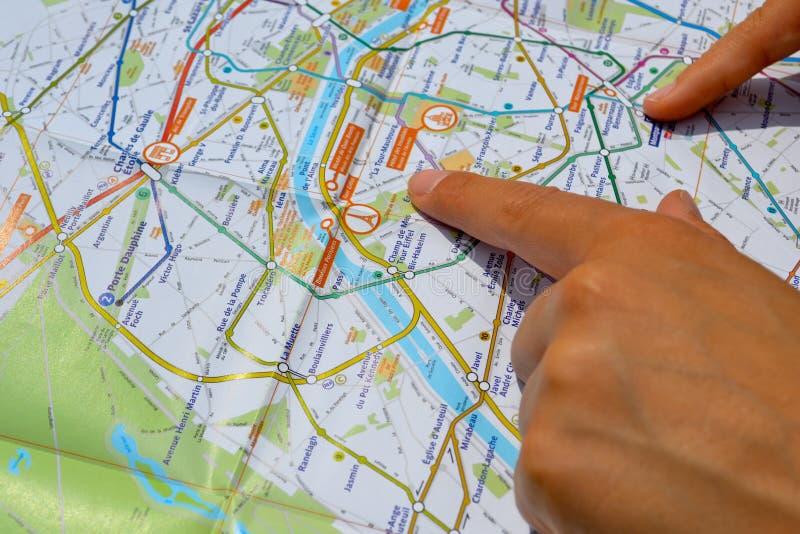 Kijk op de kaart stock foto