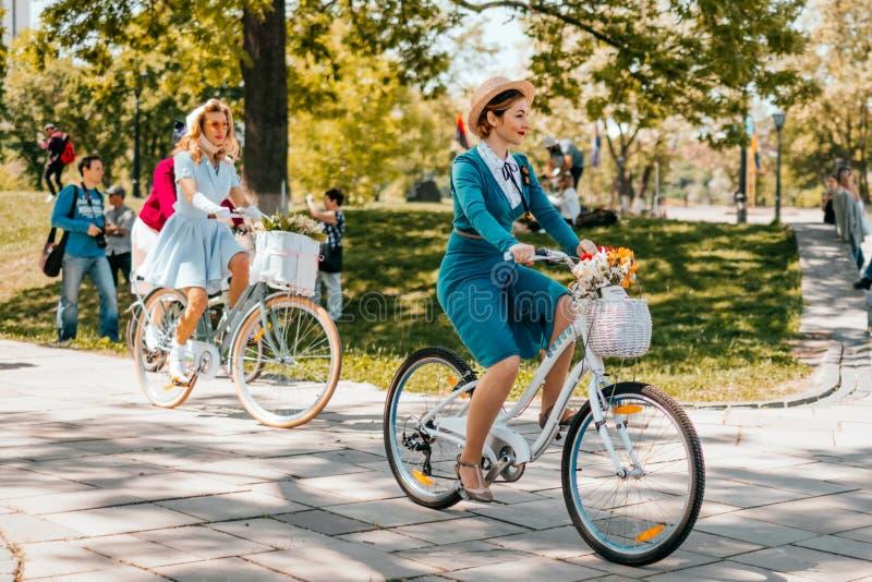 Kijowski Ukraina Retro rejs Maj 2018 obraz stock