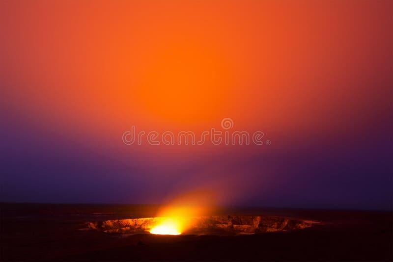 Kilauea wulkan przy nocą obrazy royalty free