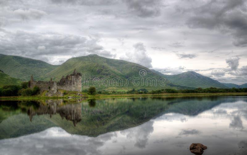 Kilchurn-Schloss, Loch-Ehrfurcht, Schottland lizenzfreie stockbilder