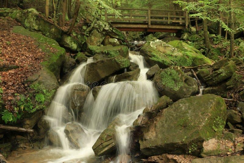 Kildo fällt - McConnells-Mühlnationalpark - Portersville, Pennsylvania stockfoto