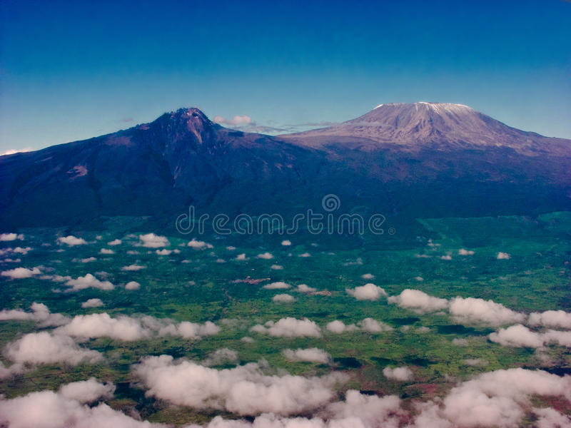 kilimanjaromontering arkivfoton