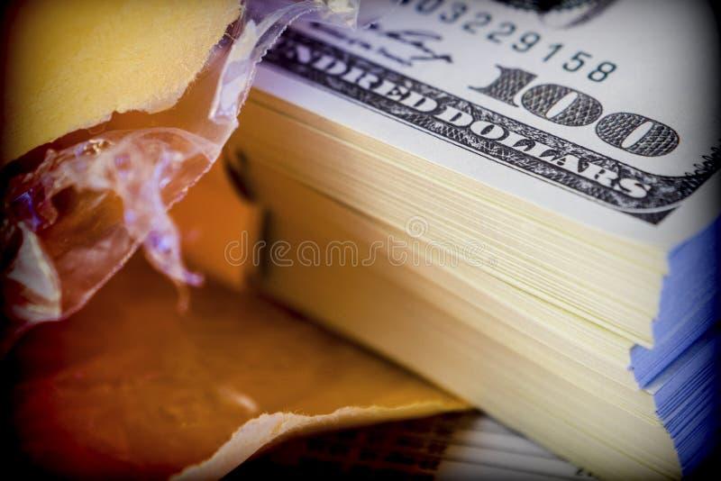 Kilka dolarowi rachunki, konceptualny wizerunek fotografia royalty free