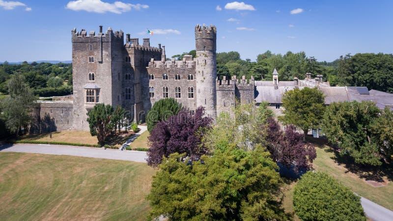 Kilkea slott Castledermot ståndsmässiga Kildare ireland arkivfoto