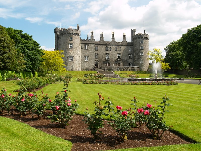 Download Kilkenny Castle stock photo. Image of scenic, ireland - 5689578