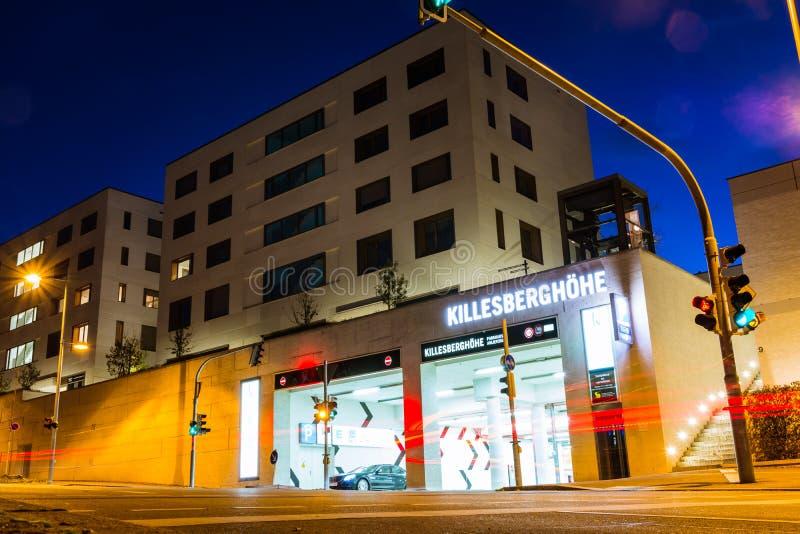 Killesberghoehe-Nachbarschafts-Appartementkomplex-teures modernes stockbilder