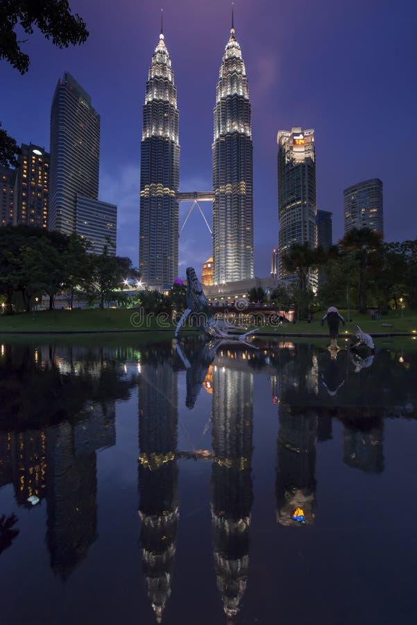 Kiloliter-Stadtzentrum-Park stockbilder