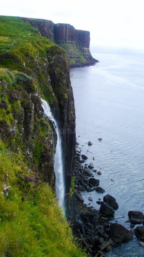 Kilt-Felsenwasserfall auf der Insel von Skye stockfotografie