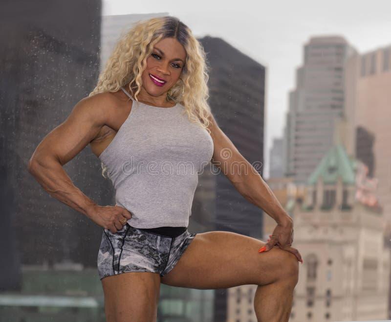 Kim Buck, mujer de tentación Bodybiolder fotos de archivo