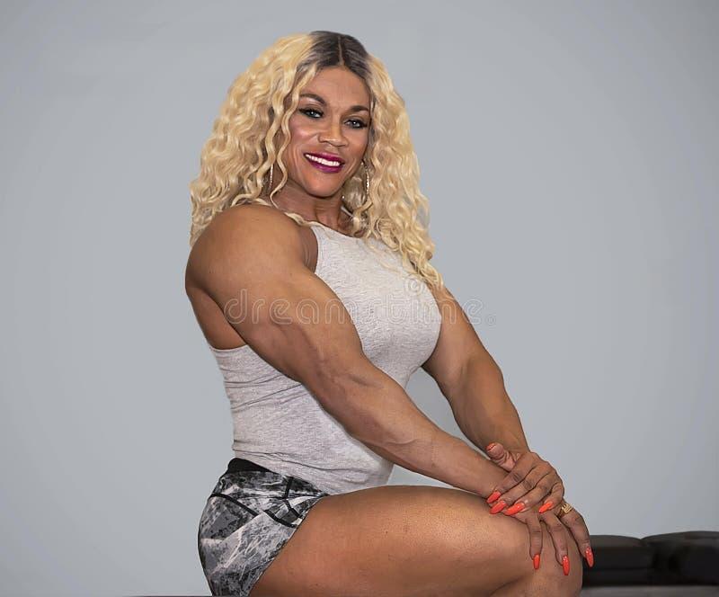 Kim Buck, mujer de tentación Bodybiolder imagen de archivo libre de regalías